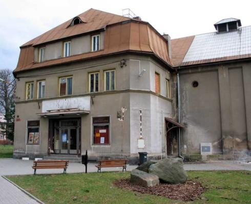 kino Dukla Sluknov 490